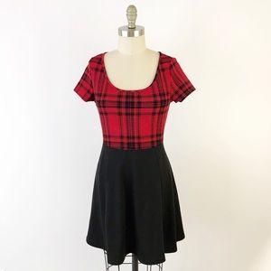 Modcloth Buffalo Plaid Red & Black Dress Fall P675